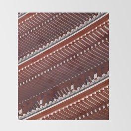 Pagoda roof pattern Throw Blanket