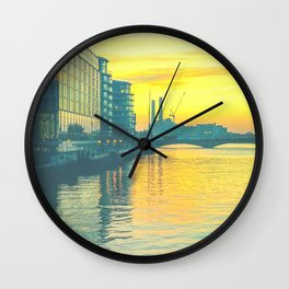 Sunset over Chelsea Bridge 02D (everyday 25.01.2017) Wall Clock