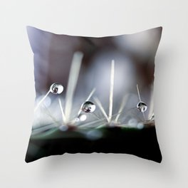 Straight to the point Throw Pillow