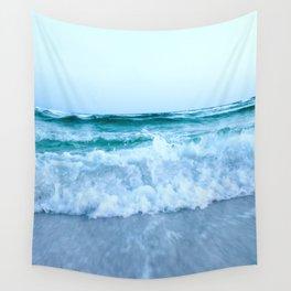 Ocean Pull Wall Tapestry