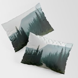 Road trip to the mountains Pillow Sham