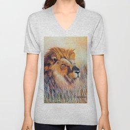 Lion sun bathing | Bain de soleil Lion Unisex V-Neck