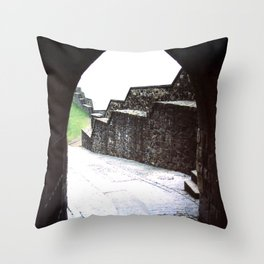 STIRLING CASTLE Throw Pillow