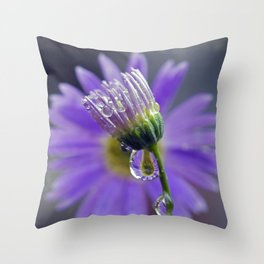 puple dew 3 Throw Pillow