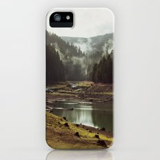 Foggy Forest Creek Slim Case iPhone (5, 5s)