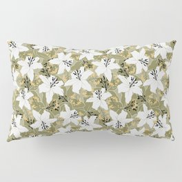 Serene Lily Pattern in Green Pillow Sham