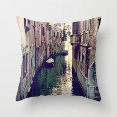 Venezia. Throw Pillow