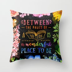 Between the pages - black Throw Pillow
