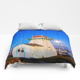 Summerside Harbour lighthouse Comforters