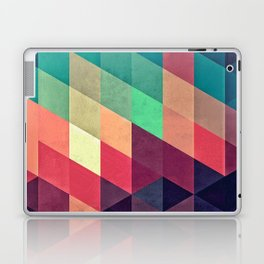xy tyrquyss Laptop & iPad Skin