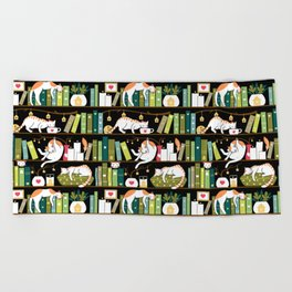 Library cats Beach Towel