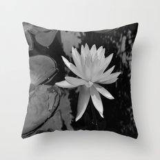 b&w water flower Throw Pillow