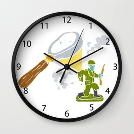 Magnifying melting soldier Wall Clock