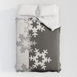 Black and white Christmas pattern Comforters