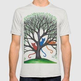 Iowa Stray Cats in Tree T-shirt