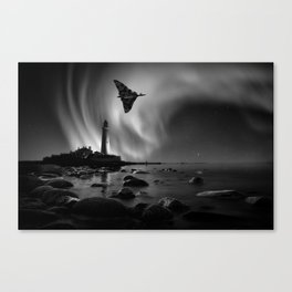 Auroral Splendour For The Vulcan Canvas Print