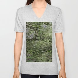Wall of rocks covered with moss and plants Unisex V-Neck