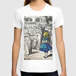 Blonde Girl Called Alice T-shirt