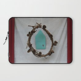 Crown of branches Laptop Sleeve