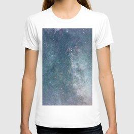Night sky with shiny stars, Milky Way galaxy T-shirt