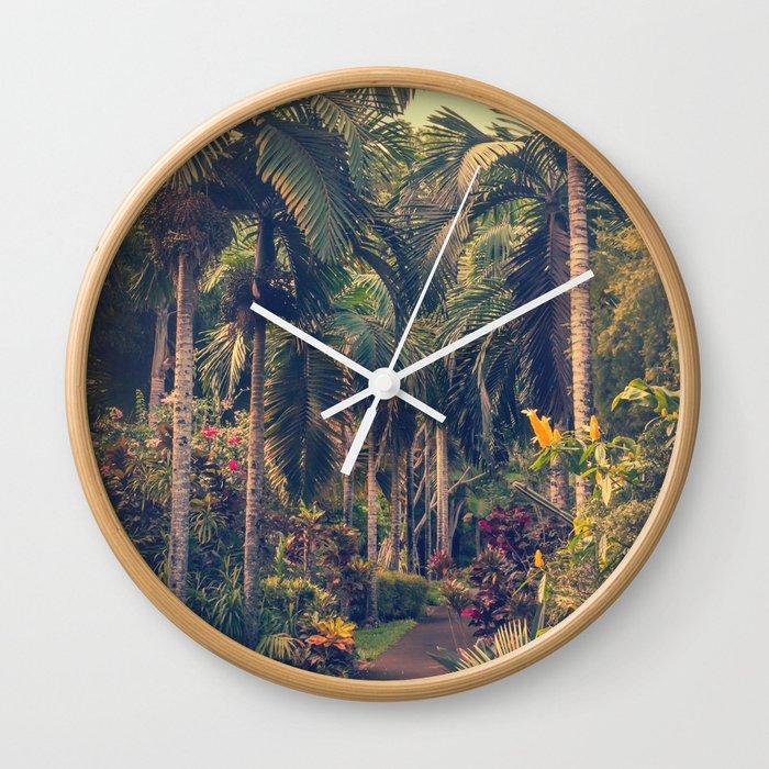 The Dreaming Wall Clock