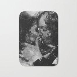 Kiss me in black and white Bath Mat