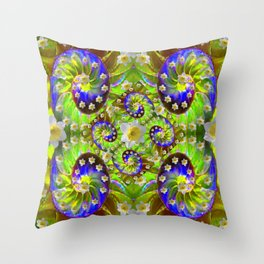 ULTRA VIOLET GREEN DAFFODIL GARDEN MAZE Throw Pillow