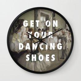 La Classe de Chaussures Wall Clock