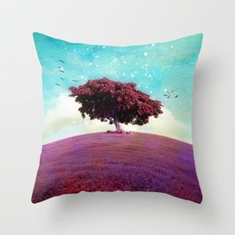 SUMMER HILL Throw Pillow