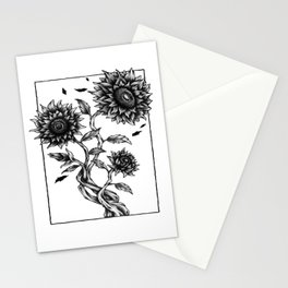 Growing for people who like  fantasy legends and mythical creatures  Stationery Cards