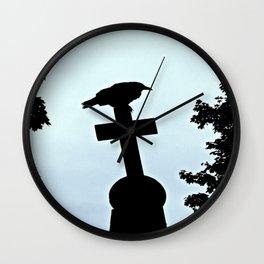 Pere-Lachaise Raven Wall Clock