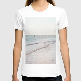 Beach day in Britain T-shirt