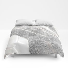 Marble - Silver Glitter on White Metallic Marble Pattern Comforters