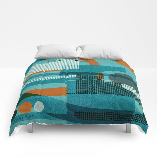 CATS ON BLUE WITH ORANGE Comforters