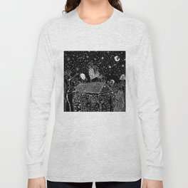 Not now, Creepy Creatures! Long Sleeve T-shirt