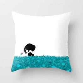 Clover and Coccinelle Throw Pillow