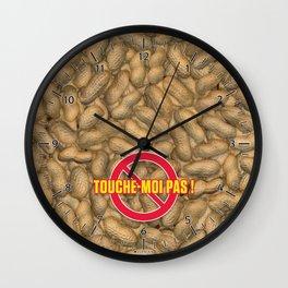 TOUCHE-MOI PAS ! Wall Clock