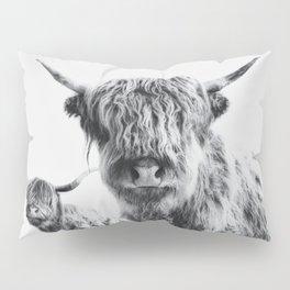 HIGHLAND COW - LULU & SARA Pillow Sham