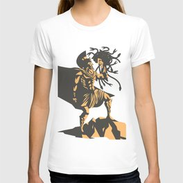 perseus holding the head of the medusa T-shirt