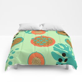 Grapes and tropical fruits Comforters