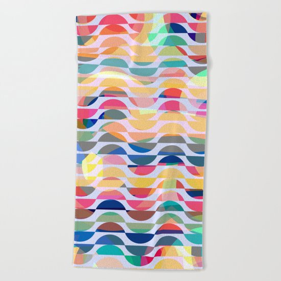 Happy waves Beach Towel