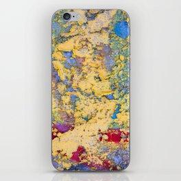 Flaking paint in Valparaiso iPhone Skin