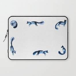 Running silver foxes Laptop Sleeve