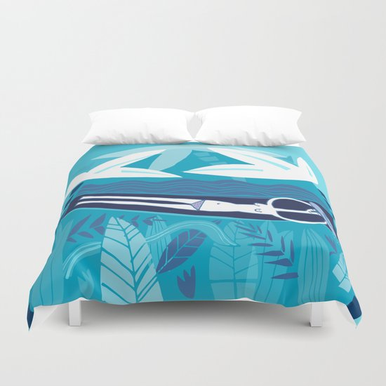 Under the palm tree Duvet Cover