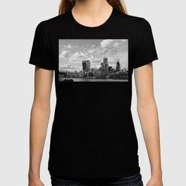 London Skyline on the River Thames T-shirt