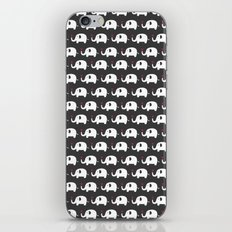 Elephants in love iPhone & iPod Skin