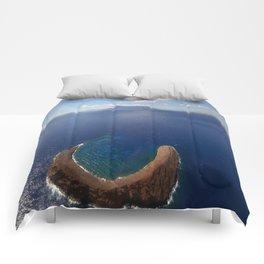 horseshoe island Comforters