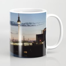 Berlin at night Mug