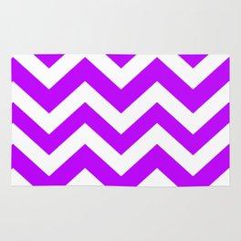 Electric purple - violet color - Zigzag Chevron Pattern Rug
