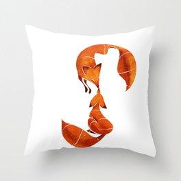 Kissing foxes Throw Pillow